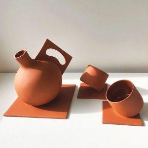 Stuck-teapot-set