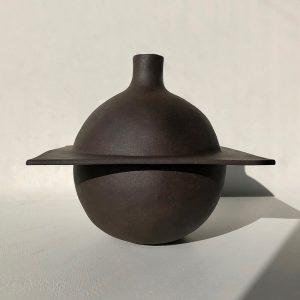 Split-vase-black