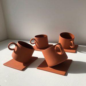 Stuck-cups-uku